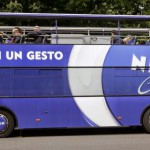 nivea-sightseeing-blue-bus