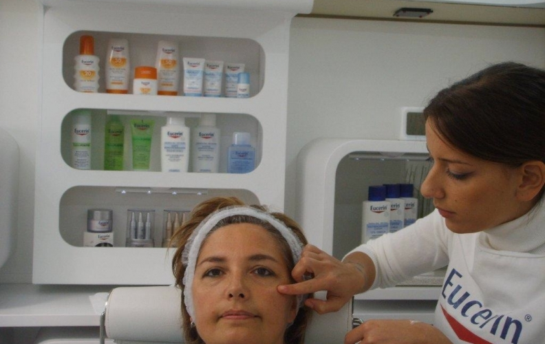 EUCERIN ACADEMY ON TOUR 2010
